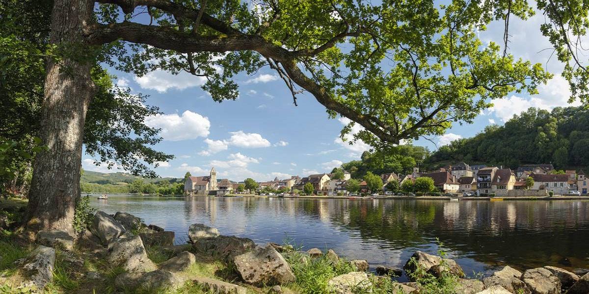 Découvrez la rivière de la Dordogne et environs