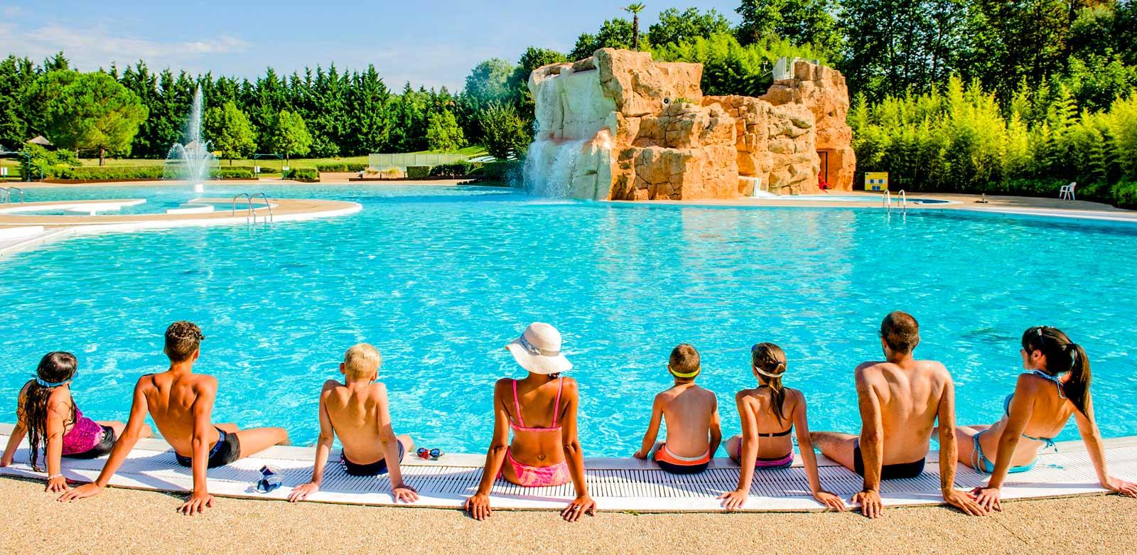 Top 3 des campings avec piscine à Lyon